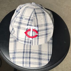 ⚾️Minnesota Twins Baseball Plaid Dairy Queen Hat⚾️NWT for sale